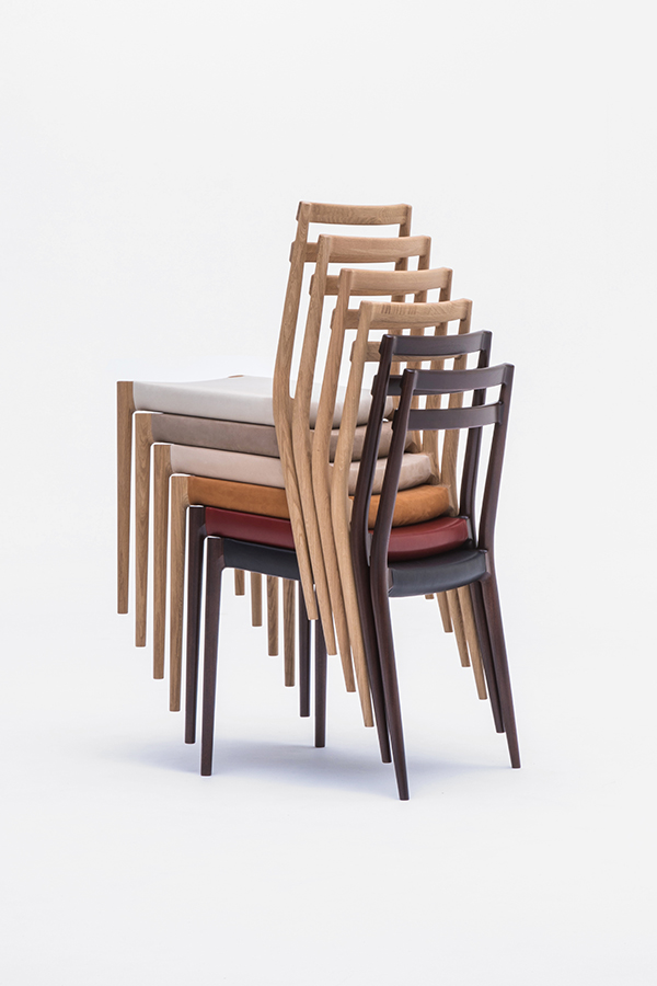 KUNST Cervo stacking chairs