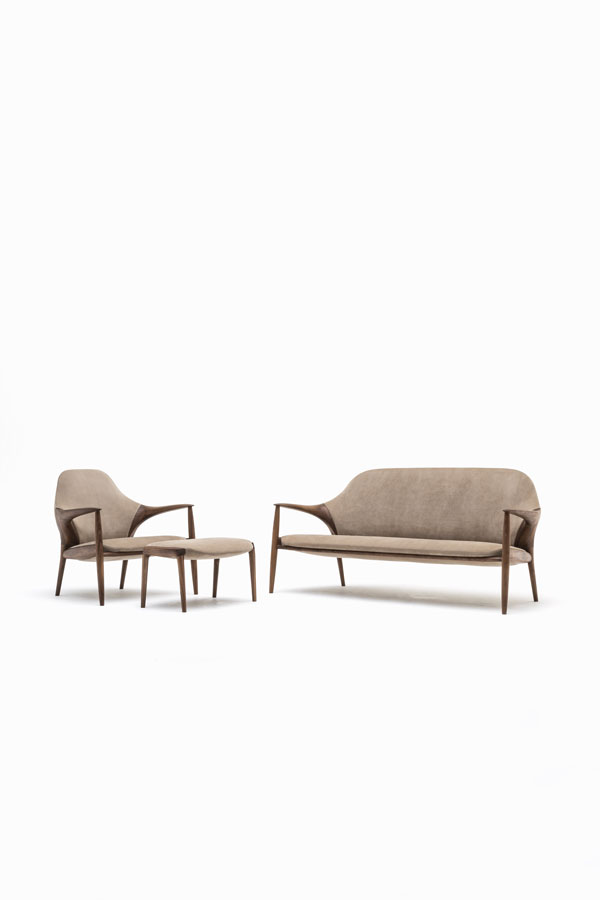 KUNST Sofa, Armchair, ottoman Walnut (oiled), Almond leather