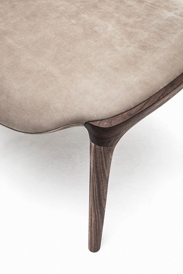 KUNST Ottoman, Walnut (oiled), Almond leather